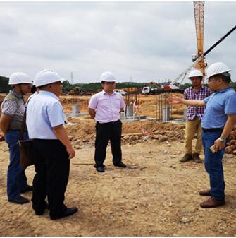 来宾农行兴宾支行行长考察公司人才公寓项目